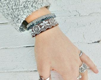 One day forever | neutral, elegant design bracelet | Ethics | Quebec creation | Sweden, lace and silk recovered
