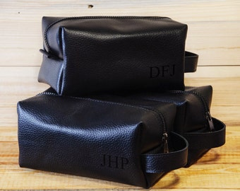 Personalized Dopp Kit, Mens Wash Bag, leather, Mens Toiletry Bag, Mens Cosmetic Bag, men's travel case, Shaving Bag, Groomsman Gift