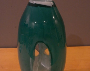 Windows style green color vase with melon shape