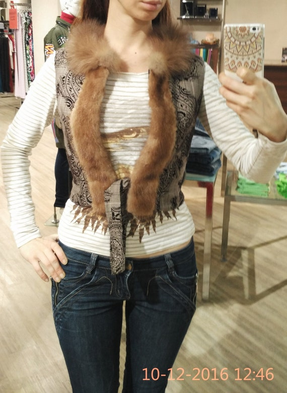 Short wool vest with real mink and marten fur