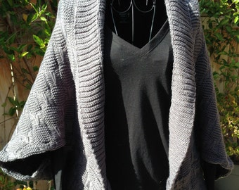 Knitted cardigan honeycomb pattern