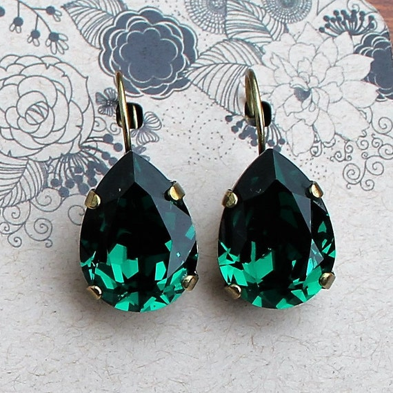 SALE-18x13 Pear Shaped Swarovski Crystal Earrings in Beautiful Emerald Green