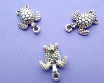 10 pcs - Turtle Charm- Sea Turtle - Lead Free and Nickel Free Zinc Alloy Metal - CS3004