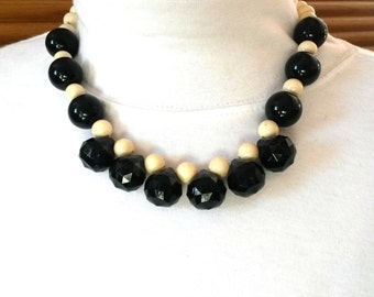 Chunky Black and Ivory Necklace