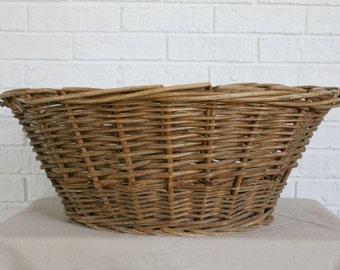 Vinage Wicker Laundry Basket