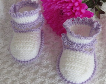 Crochet baby booties for girls, white and lilac