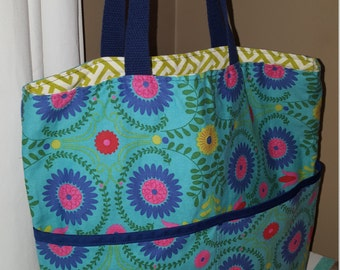 Tote Bag with Front Pockets