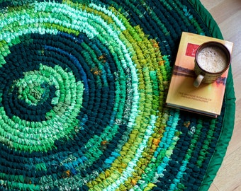 """Floor Rug - Upcycled Fabric - Colourful 40"""""""