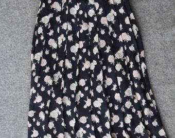 90s floral skirt / flare skirt