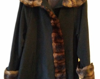 Wool & Cashmere Coat by Damo Donnia of Italy