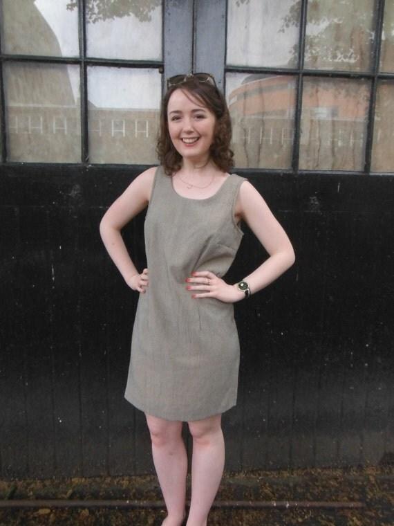 Vintage Dogtooth Shift Dress - Brown Black Beige - UK Size 10 M