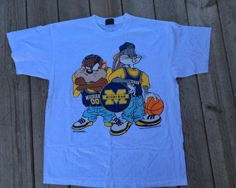 1993 U of M White Looney Tunes T-Shirt