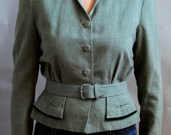 Vintage fitted 1940's belted blazer in sage green