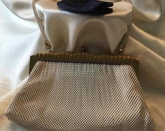 vintage 1930's Whiting and Davis hand bag