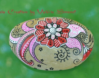 Pebble hand - painted pink and red flower style mendhi / Hand painted pebble - Pink and red flower, mendhi style