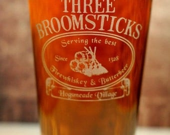 FREE SHIPPING Personalized Three Broomsticks engraved Glass , Harry Potter , wizard gift , HP