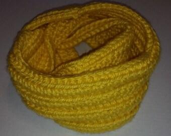 Crochet Chunky Infenity Scarf