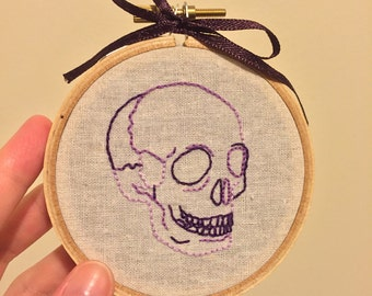 Purple Skull / Hand-Embroidered Hoop Art