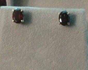 Garnett earrings