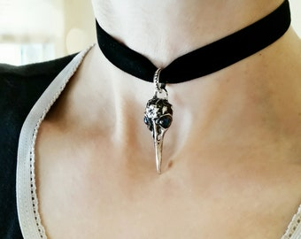 Gothic Raven Skull Choker - Black Velvet Choker- with Jet Glass AB Gem Eyes