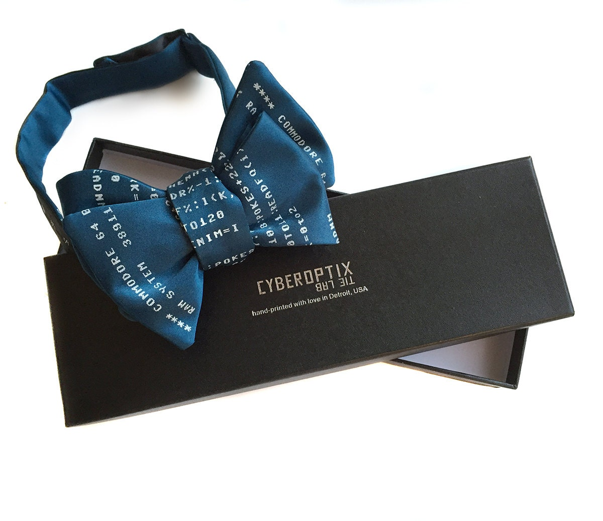 your bow tie in a gift box packaging upgrade black. Black Bedroom Furniture Sets. Home Design Ideas