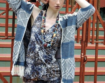 snakeskin knit wrap top size medium