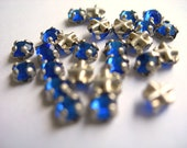Swarovski Roses Montees Vintage SAPPHIRE BLUE 3mm Sew-ons silver channel settings crystal glass lot of 24