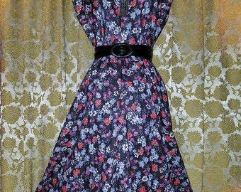 Vintage 1970's Colorful Floral Dress Cowl Neck, Size 18 XL Extra Large