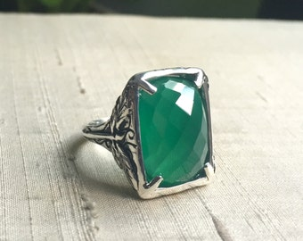 Faceted Green Onyx and Sterling Dragonfly Ring