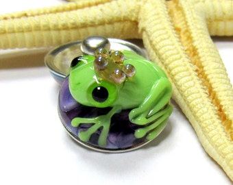 SMAUGGS handmade lampwork bead popper snap, glass, purple, green, frog, 18mm