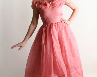 Vintage 1950s Prom Dress - Soft Salmon Pink Tulle and Flower Party Dress - Small Medium