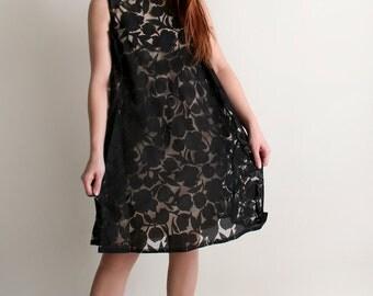 Vintage 1960s Dress - Floral Shadow Overlay Twiggy Babydoll Dress - Medium