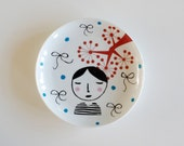 Girl with a striped tee small vintage plate
