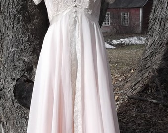 Silk 30s 40s Peignoir Set XS S Embroidered Lace Robe Gown Buttons Bridal Vintage 1930s 1940s