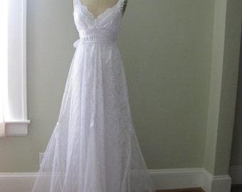 White Simply happy Hippie Wedding Dress, Boho wedding dress, Beach wedding dress, White Lace wedding dress, Size Small, Casual wedding Dress