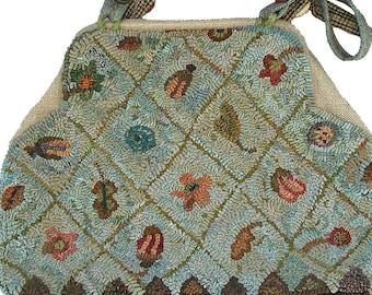 Carpet Bag rug hooking pattern