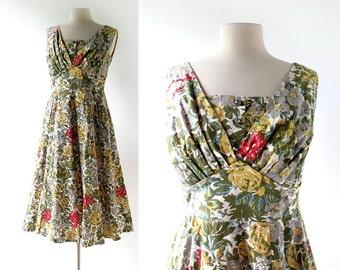 1950s Floral Dress / Garden Room / 50s Dress / 1950s Cotton Dress / S M