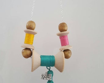Thread spool necklace, Wood necklace, Wood jewelry, Sewing necklace, Seamstress gift, Gift for her, Seamstress necklace, Jewelry gift her