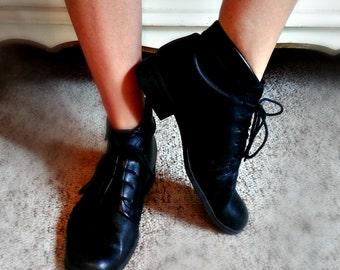 Vintage Black Leather Granny Boots - Size 8.5