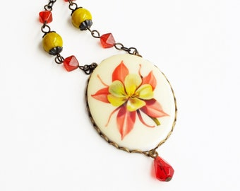 Floral Cameo Necklace Large Vintage Flower Pendant Pink Chartreuse Garden Flower Columbine Jewelry Gift For Gardeners Summer Jewelry