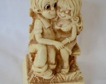 Vintage ROSS BERRIE Anniversary Couple 1979 figurine statue home decor