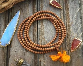 6mm Natural Aromatic Sandalwood Beads from India, 108 Beads / Yoga, Yogi Malas, Prayer Beads / Wood, Wooden Beads, Jewelry Supplies