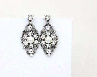 Pearl Bridal earrings, Bridal filigree earrings, Vintage Wedding earrings, Antique silver earrings, Vintage style earrings, Wedding jewelry