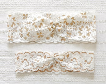 Gold lace garter set, gold wedding garter set, bridal garter belt - 543