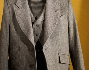 Famous 1920s Style 3pc Suits---In Herringbone Tweed