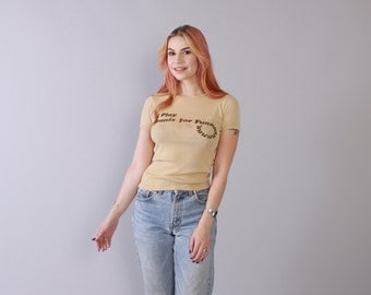 Vintage 70s T-SHIRT / 1970s Soft Thin Fitted Beige TENNIS Is Fun Tee Top XS - S