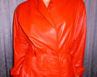 Vintage 80's - Vera Pella - made in Italy - Ruby Red -Ruched - Patchwork - Lambskin Leather - Asymmetrical - Crop -Coat - size 42