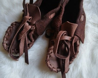 Buckskin Baby Moccasins ---- Pre-made Leather Booties