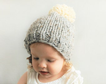 Pom Pom Hat - Choose your colors