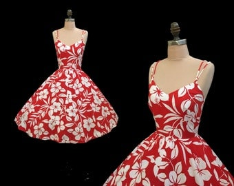 Vintage 1960s Lanz Red Hibiscus Hawaiian Print Full Skirt Pinup Sun Dress XXS